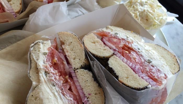 Bagels con salmón en Murray's Bagels de Nueva York