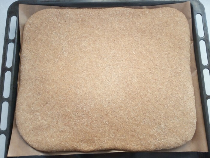 Pan integral plano jugoso para niños