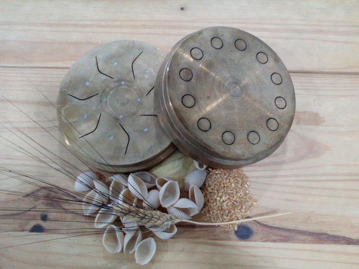 Moldes de bronce de pasta napolitana
